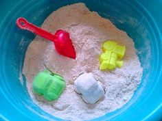 Készíts homokozót a lakásban! A csemetéd élvezni fogja!