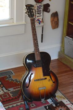 Gibson 1953 ES 125 Vintage Guitar with HSC