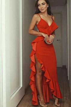 Hot Red Prom Dresses Ruffles Spaghetti Straps Long Evening Party Dress This dress is Made-To-Order in our Dressself. Suitable for Party, Prom and Evening. Elegant Dresses, Pretty Dresses, Sexy Dresses, Casual Dresses, Fashion Dresses, Dresses For Work, Dresses With Sleeves, Formal Dresses, Long Party Dresses