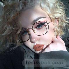 8 Most Important Glasses Makeup Tips For Glasses Wearers – Brille Make-up Makeup Goals, Makeup Inspo, Makeup Inspiration, Makeup Ideas, Beauty Make-up, Beauty Hacks, Hair Beauty, Beauty Tips, Natural Beauty