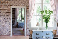 photo krista keltanen Decor, Furniture, Cottage, Oversized Mirror, Deco, Home Decor, Summer Cottage, Mirror