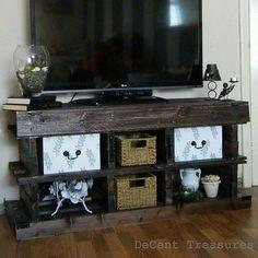 DIY Pallet Wood TV Console