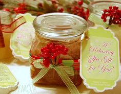 Christmas smelling Sugar Scrub...Christmas every shower time