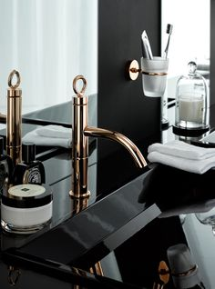 Rose Gold is design trend. To see more bathroom decor ideas visit us at www.luxurybathrooms.eu #bathroomfurniture #modernbathroom #bathroomdecorideas