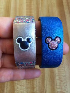 Love love love this blue glitter magic band! Made with nail polish. Could do a black sparkle band with gold glitter mickey ears!