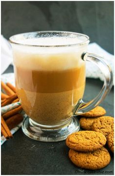 Homemade gingerbread latte recipe that is quick and easy to make with brewed coffee, milk and spices. Ready in less than 20 minutes and great for Christmas.
