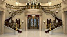 A escadaria de US$ 2 milhões da mansão