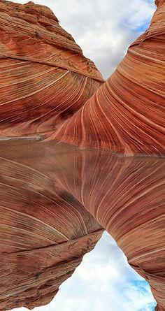 The Wave: Arizona's strange and spectacular rock formation Travel – Antelope Canyon, Arizona, USA Arches Nationalpark, Yellowstone Nationalpark, Places To Travel, Places To See, Arizona Travel, Arizona Usa, The Wave Arizona, Beautiful World, Beautiful Places
