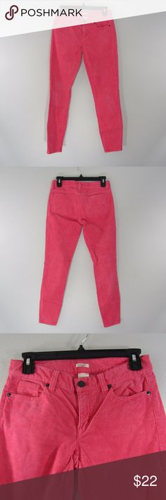 "J Crew Toothpick Jeans Pants Size 24 Ankle Pink 99% cotton 1% spandex  Waist 28.6 inches measured from the end of the waistband to the other end x 2  Hips 33.5 inches measured 6-8 inches below the waistline X 2  Front Rise 7.5 inches measured from the top of the waistband to the front crotch seam  Back Rise 12.5 inches measured from the top of the waistband to the back crotch seam  Inseam 28"" measured from the crotch to the bottom Leg opening at bottom 9""  The pink is a different shade in…"