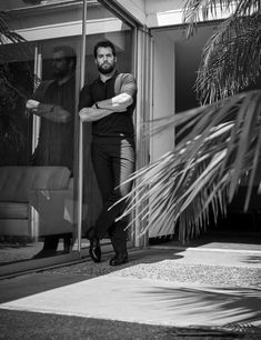 Henry Cavill News: Hello Handsome: New Outtakes From Men's Health Magazine Henry Cavill News: He Men's Health Magazine, Superman, Batman, Most Beautiful Man, Gorgeous Men, Mens And Health, Henry Cavill News, Henry Cavill Beard, Love Henry