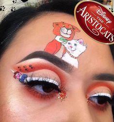 N S P O eyes eyeshadow makeup cool aristocats disney inspiration Disney Eye Makeup, Disney Inspired Makeup, Eye Makeup Art, Clown Makeup, Smokey Eye Makeup, Eyeshadow Makeup, Beautiful Eye Makeup, Pretty Makeup, Maquillaje Halloween