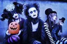 the candy spooky theater  estos tios de verdad dan miedo!!