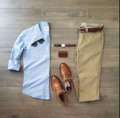outfit grid We cant deny the fact that social make has the ability to bring anything in Business Casual Men, Men Casual, Summer Business Attire, Mode Outfits, Casual Outfits, Casual Shoes, Casual Pants, Suit Fashion, Fashion Outfits
