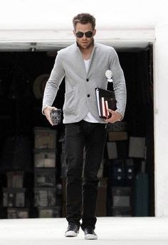 Black & grey. White t-shirt. Aviators. Converse