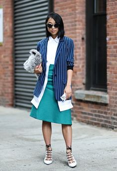 14 Game-Changing Street Style Stars to Know For New York Fashion Week: Margaret Zhang Star Fashion, Girl Fashion, Fashion Addict, Fashion Bloggers, Womens Fashion, Fashion Trends, Khadra, Star Wars, Vogue