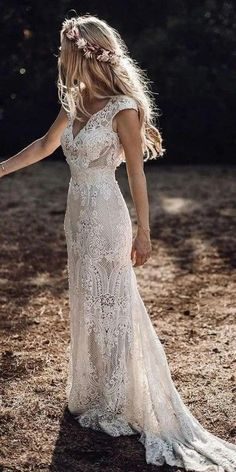 Boho Wedding Dress With Sleeves, Affordable Wedding Dresses, Wedding Dress Trends, Bohemian Wedding Dresses, Dream Wedding Dresses, Country Style Wedding Dresses, Casual Lace Wedding Dress, Barn Wedding Dress, Wedding Dress Sheath