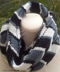 Free knitting pattern for the stunning chevron infinity scarf - Fitzbirch Craft