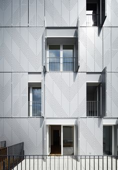 Gallery of 38 Social Housing / Avenier Cornejo - 15