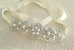 Hey, I found this really awesome Etsy listing at https://www.etsy.com/listing/118426512/bridal-headband-wedding-hair-accessory