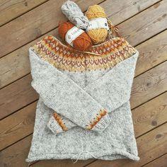 @evassvammel : Äntligen vill jag sticka i mitt älskade Lettlopi igen Finally I want to knit in Lettlopi again The cardigan Gamaldags by @helenemagnusson