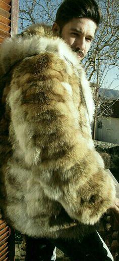 Verkauf -10 %! MÄNNER-NEU!!! Echte natürliche Hooded dunkle Farbe Kojote Pelzjacke!