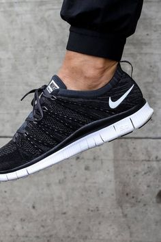e5d463d74a4c Flyknit  nsw  black  sneakerfashion Nike Free Runners