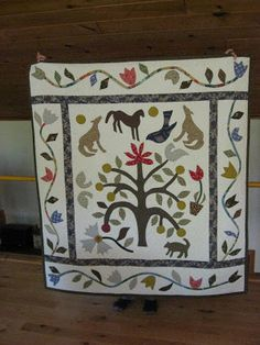 When I was on Beaver Island in Gwen Marston's house, there are Quilts, Quilts and more Quilts. You see Gwen . Old Quilts, Antique Quilts, Baby Quilts, Primitive Quilts, Country Primitive, Tree Of Life Artwork, Tree Quilt, Applique Designs, So Little Time