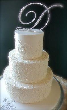 Single letter cake t
