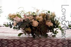 Winter flower bouquet for a wedding bridal table