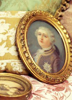 Mona Lisa, Frame, Artwork, Decor, Miniatures, Portraits, Picture Frame, Work Of Art, Decoration