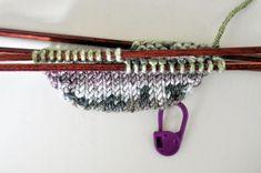 Anette L syr och skapar: sockor Chrochet, Knit Crochet, Stick O, Visa, Drops Design, Knitted Shawls, Knitting Socks, Mittens, Scandinavian