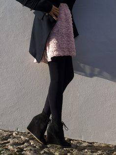 rose dress.leggings.great shoes.