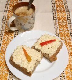 Cesnakovo-syrová nátierka French Toast, Breakfast, Food, Sandwich Spread, Morning Coffee, Essen, Meals, Yemek, Eten