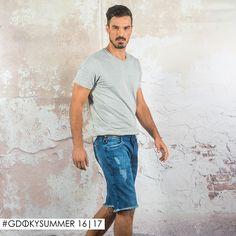 Bermuda jeans masculina Gdoky: Sinônimo de conforto e estilo. ;) #Gdokymen #Casual #Gdokyjeans