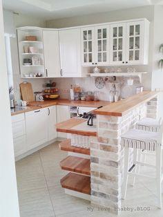 MLS.blog: Biała kuchnia z drewnianymi blatami