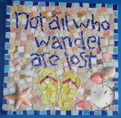 cute for a yard stepping stone Mosaic Wall Art, Mosaic Diy, Mosaic Garden, Mural Wall Art, Mosaic Crafts, Mosaic Ideas, Mosaic Stepping Stones, Stone Mosaic, Mosaic Glass