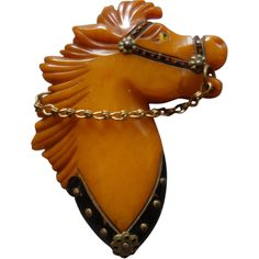 Bakelite Butterscotch Horse Head Brooch With Chain (1940s)