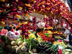 2 Hour Budapest Market and Tasting Tour Love visiting local markets? Get an insider's look at Europe's city market. Join us for a two hour tour of Great Market Hall in Budapest that includes generous food samples.The true spirit of Hungarian flavours Visit Budapest, Budapest Hungary, Budapest Travel Guide, Cooking Classes, Things To Do, Europe, Tours, Holiday Decor, Central Market