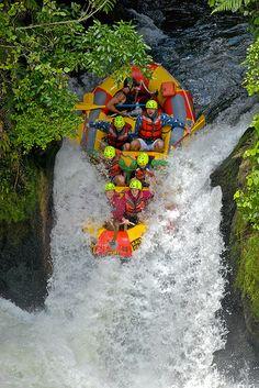 Rafting New Zealand - Okere Falls, Kaituna River Kayak Paddle, Canoe And Kayak, Whitewater Kayaking, Canoeing, Kayak Adventures, Go Outdoors, New Zealand, Activities, Rivers