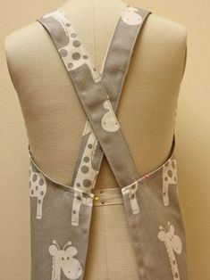 Free Pattern. Easy to make the Cross-Back Apron for adults and children by Felicity Sewing Patterns