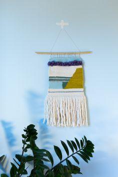 Väggbonad av Anna Maria Larsson Anna, Dream Catcher, Creative, Home Decor, Dreamcatchers, Decoration Home, Room Decor, Dream Catchers, Interior Design