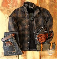 Motorcycle Style, Motorcycle Outfit, Biker Style, Cuir Vintage, Mode Vintage, Bandana, Bobber, Lumberjack Style, Rugged Men
