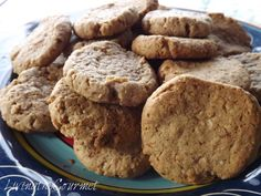 Living the Gourmet Walnuts and Oats ~ Cookies Oat Cookie Recipe, Oat Cookies, Ginger Cookies, Cookie Recipes, Gourmet Recipes, Healthy Recipes, Cookies Ingredients, Family Meals, Meal Prep