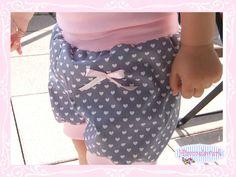 Kurze Pumphose ♡Herzilein♡ grau-rosa von Himmelswerk auf DaWanda.com