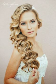 hair down wedding hairstyles, wedding hairstyles for long hair - hair down wavy wedding hairstyle Best Wedding Hairstyles, Pretty Hairstyles, Bridal Hairstyles, Hairstyle Ideas, Wavy Hairstyles, Hairstyles 2016, Bridesmaid Hairstyles, Hairstyle Wedding, Romantic Hairstyles