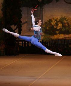 Bolshoi Ballet corps member Artemiy Belyakov in 'La Fille mal Gardee'. Ballet Boys, Ballet Dancers, Dance World, Dance Tights, Bolshoi Ballet, People Fall In Love, Royal Ballet, Country Songs, Dance Photography