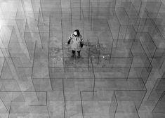 Glass Labyrinth Installation – Fubiz™