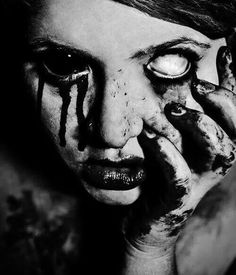 Emmett ✘ He/him ✘ Horror ✘ Gore Arte Horror, Horror Art, Kopf Tattoo, Dark Portrait, Gothic Tattoo, Creepy Pictures, Creepy Art, Dark Photography, Dark Matter
