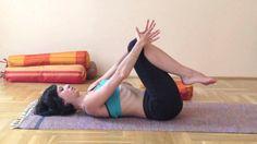 Jóga otthon - a derék, a gerinc és a nyak átmozgatása ülőmunkát végzőknek Kundalini Yoga, Morning Yoga, Yoga For Beginners, Back Pain, Good To Know, Pilates, Health Fitness, Youtube, Gym