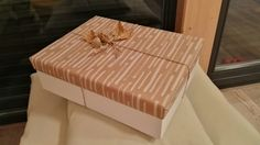 Turn a shoe box into a gift box! Diy gift box using an old shoe box. #Fallgiftwrapping #diygiftbox #turnshoeboxintogiftbox @alaukra